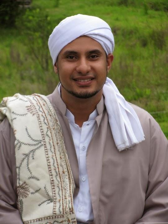 Habib Achmad Jamal Bin Thoha baagil