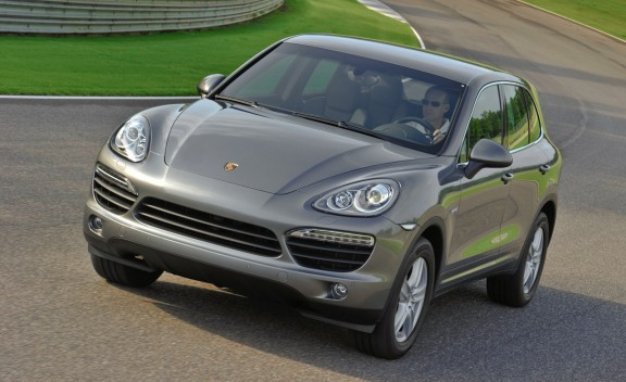 2011 porsche cayenne s turbo hybrid specs pics prices and reviews the automotive area. Black Bedroom Furniture Sets. Home Design Ideas