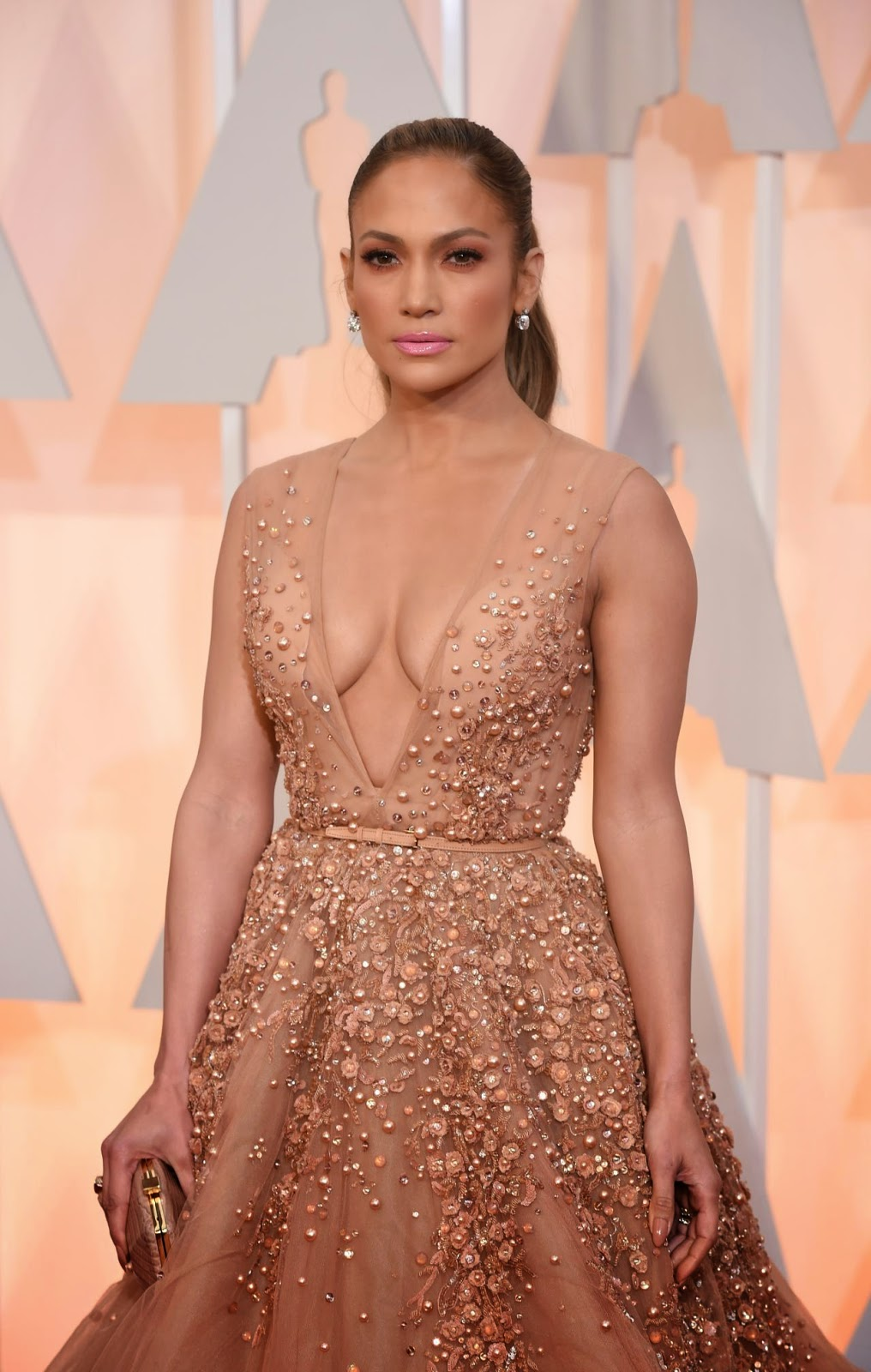 Jennifer Lopez – 2015 Oscars Red Carpet in Hollywood
