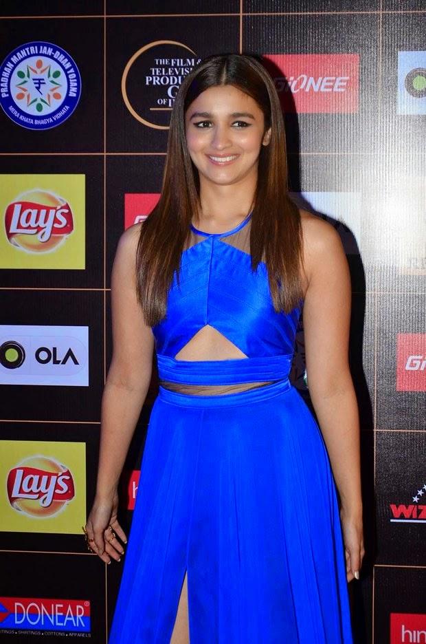 Alia Bhatt Stills at Star Guild Awards 2015 in Blue Gown Dress