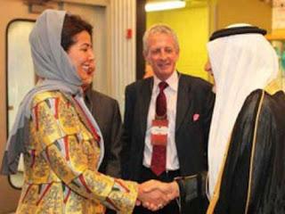 شاهد لأول مرة ابنة ملك السعودية تخلع