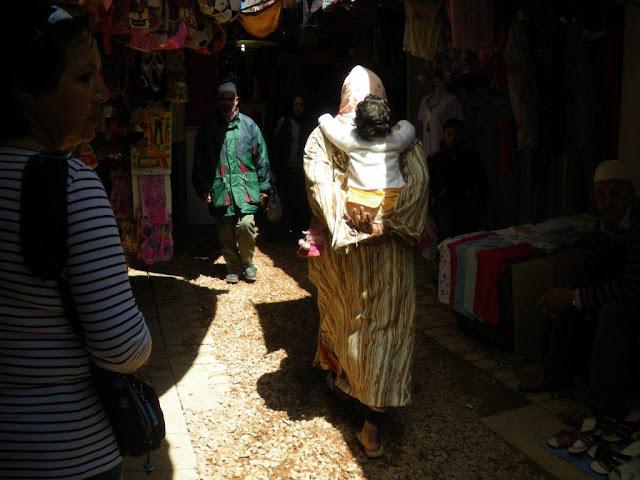 Na Terra do Sol Poente - Viagem a solo por Marrocos - Página 3 IMGP0625