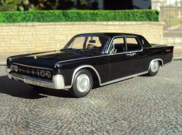 cruiser cl sicos en escala 1 43 lincoln continental mark iv 1964. Black Bedroom Furniture Sets. Home Design Ideas