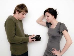 tingkah perilaku cw wanita yang dibenci pria,tips membuat cowok jatuh hati suka,cara membuat cowok jatuh cinta