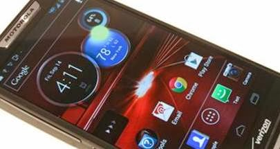 Motorola Droid RAZR M : Pushing Me To The Dark Side