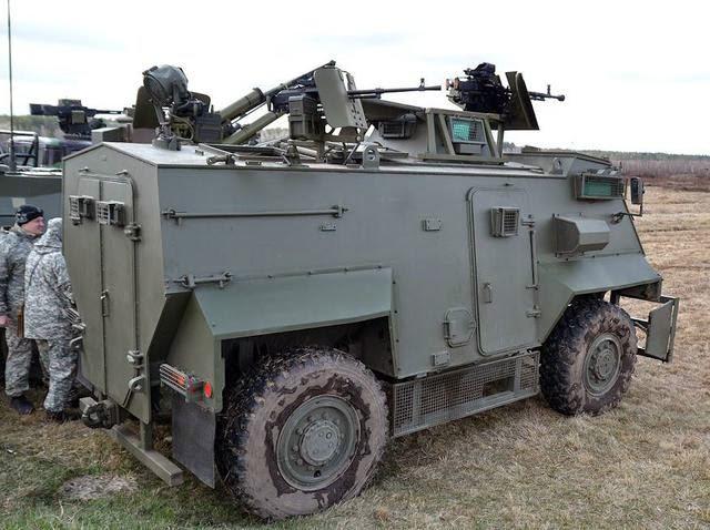 Saxon AT105 з ДШК та КТ