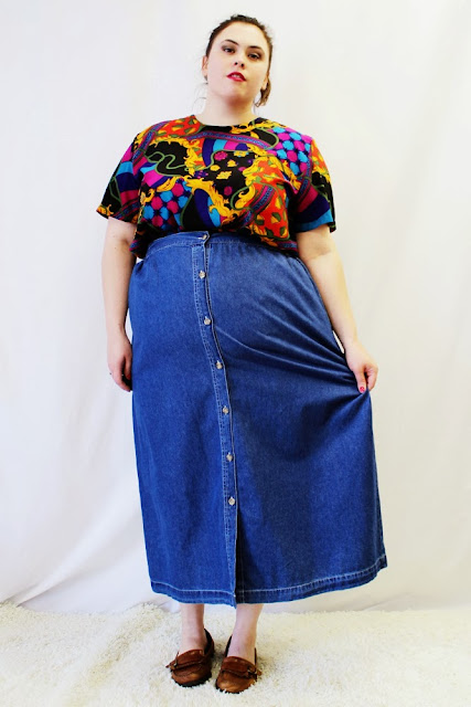 https://www.etsy.com/listing/111272325/plus-size-vintage-denim-button-front