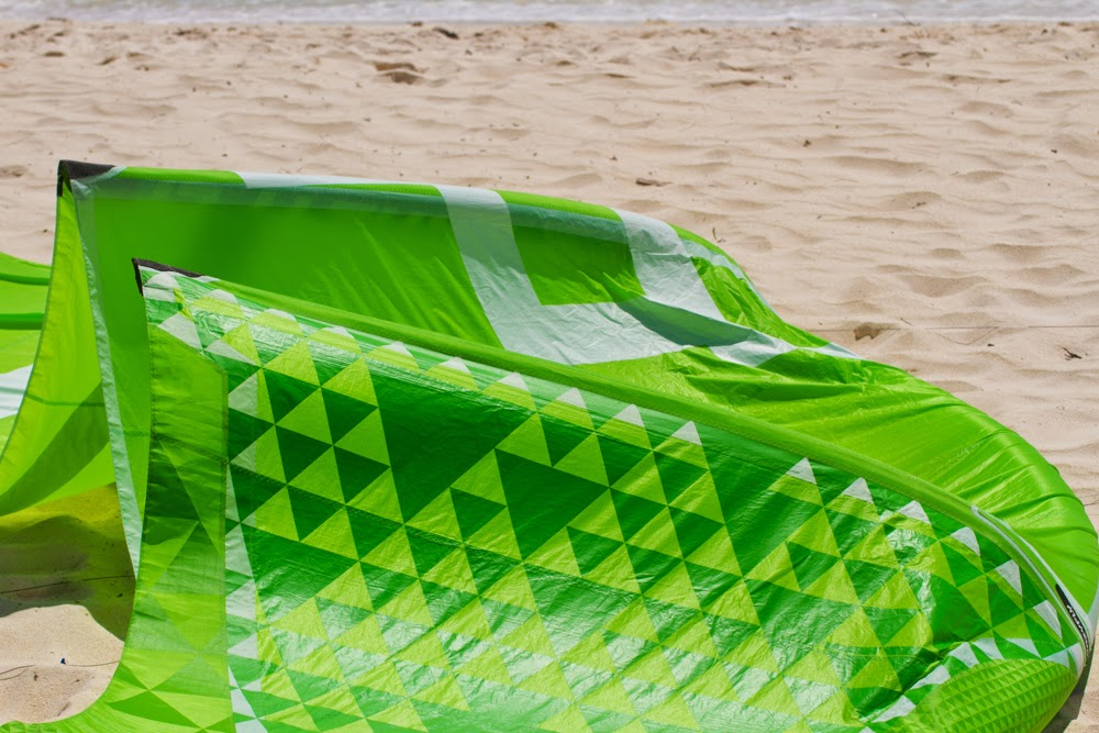 kitesurf kiteboard beach