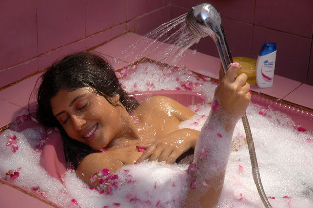 sakshi movie in bathtub hot photoshoot