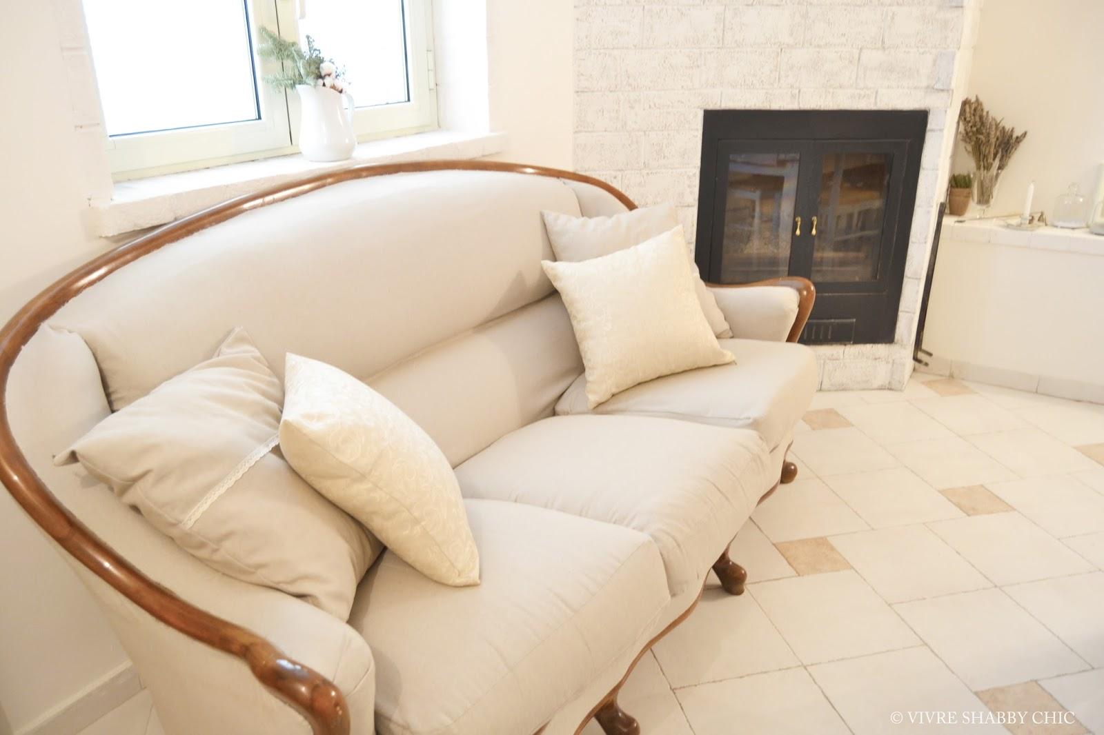 Vivre Shabby Chic: Restyling di un vecchio divano.