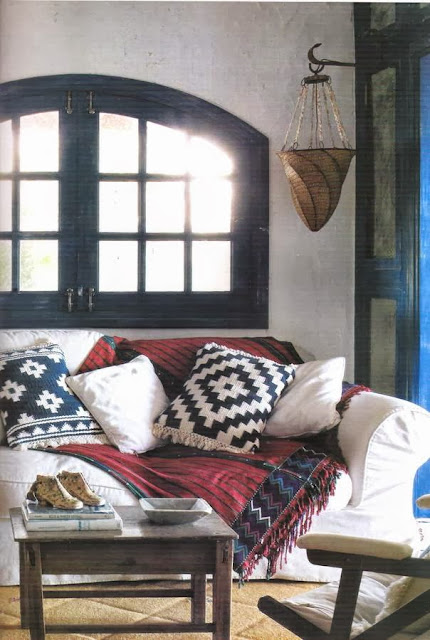 Imagen del interior de una casa de campo de la revista Casa & Campo
