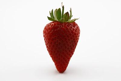 oggi un frutto ricco di anti-infammatori: la fragola