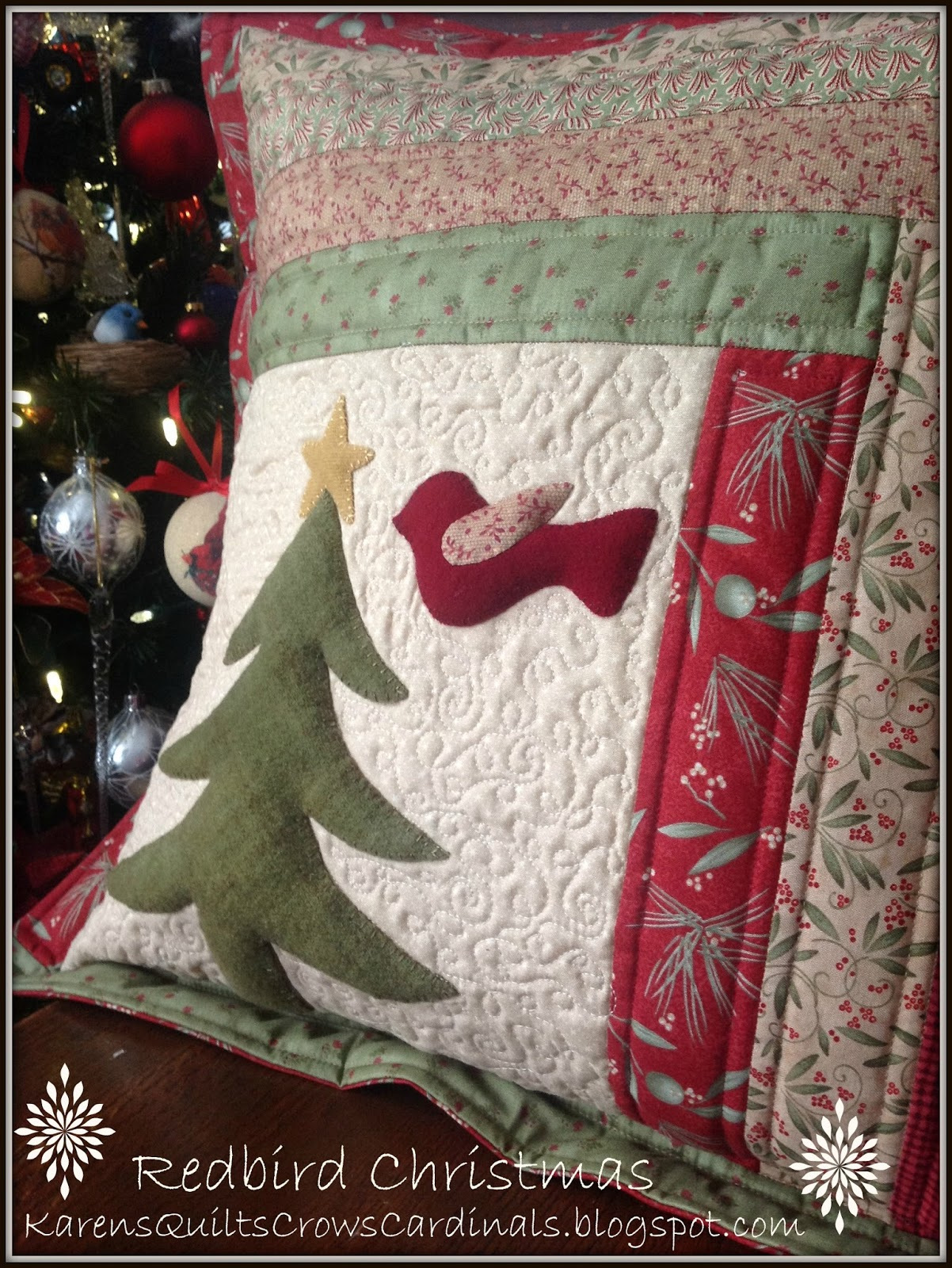 Redbird Christmas was based on a free design and tutorial that I shared on the Moda Bake Shop the Family Tree Quilted Envelope pillow. & Karen\u0027s Quilts Crows and Cardinals: Throwback Thursday Redbird ... pillowsntoast.com