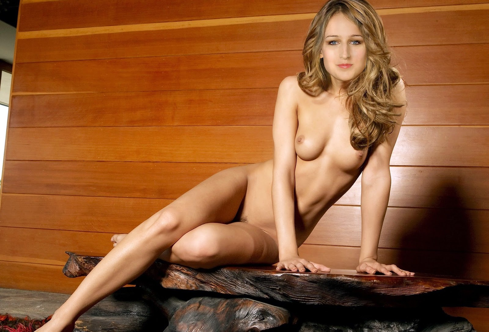 Nackt Bilder : Leelee Sobieski Naked Galeries   nackter arsch.com