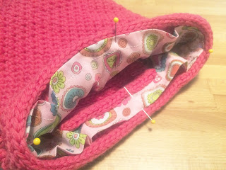 finishing, knitting, purse, sew, yarn, pink, design, lining, fabric