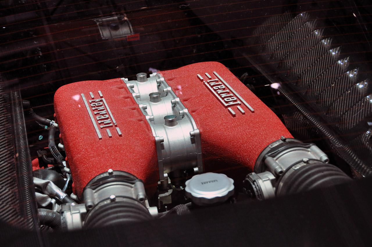 NOVITEC ROSSO FERRARI 458 ITALIA ENGINE SPECS
