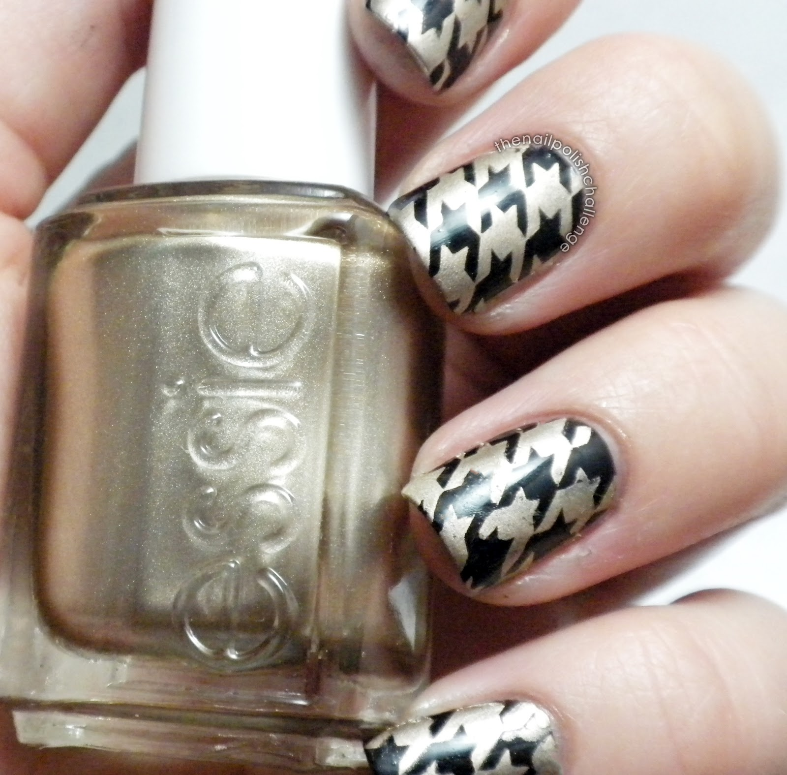 Good Essie as gold stamping photo