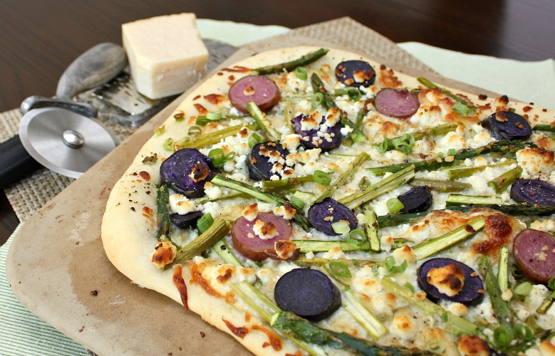 APPLE A DAY: Meatless Monday-Asparagus, Potato, and Goat Cheese Pizza