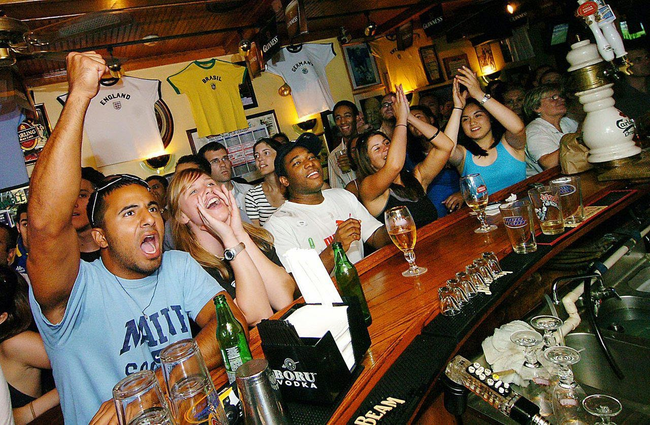 World Cup fans at a pub in Toronto
