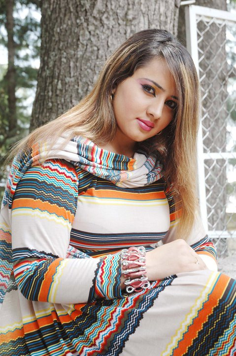 Pashto film drama actress and dancer Nadia Gul new photos collection