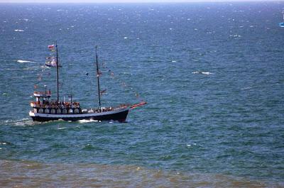 Stateczek turystyczny na Bałtyku
