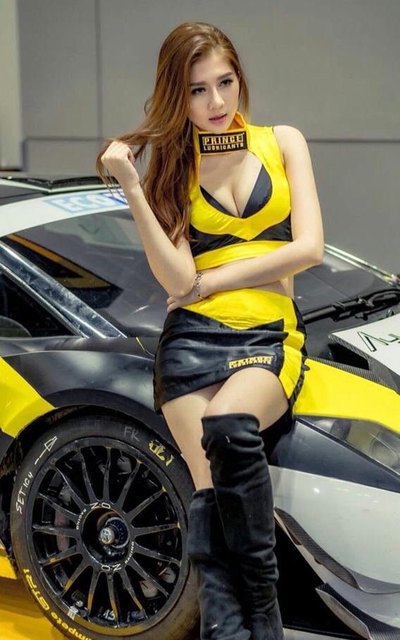 MODEL BAC KL CITY Kuala Lumpur Top Modeling Agency MODEL BAC - Car show models