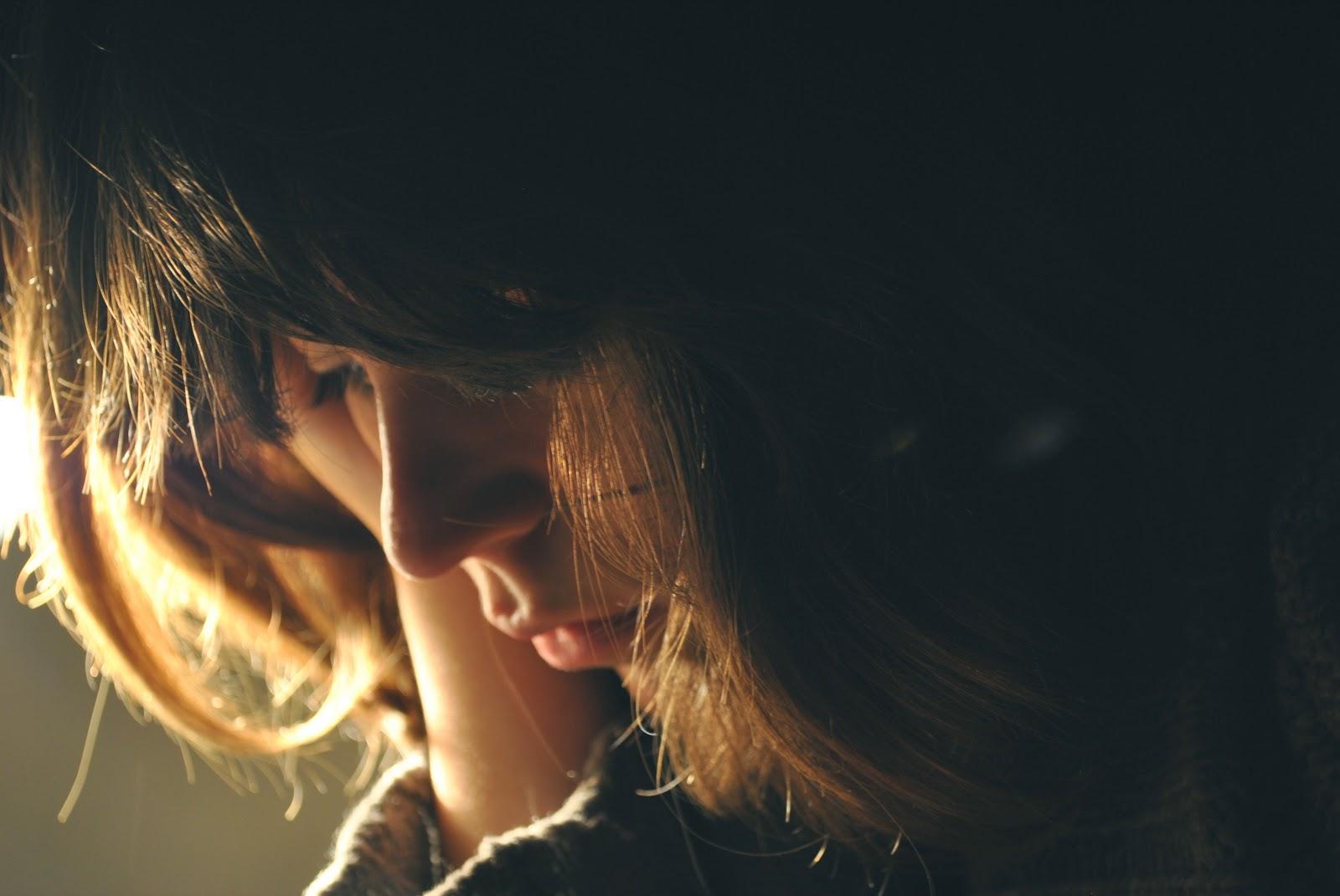 8 điều không nên làm sau khi chia tay!