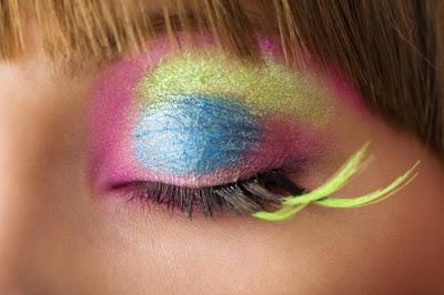 Cara Memperindah Bulu Mata Menggunakan Bulu Mata Palsu