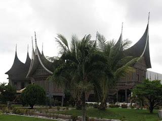 Tempat Wisata yang wajib diKunjungi di Bukittinggi