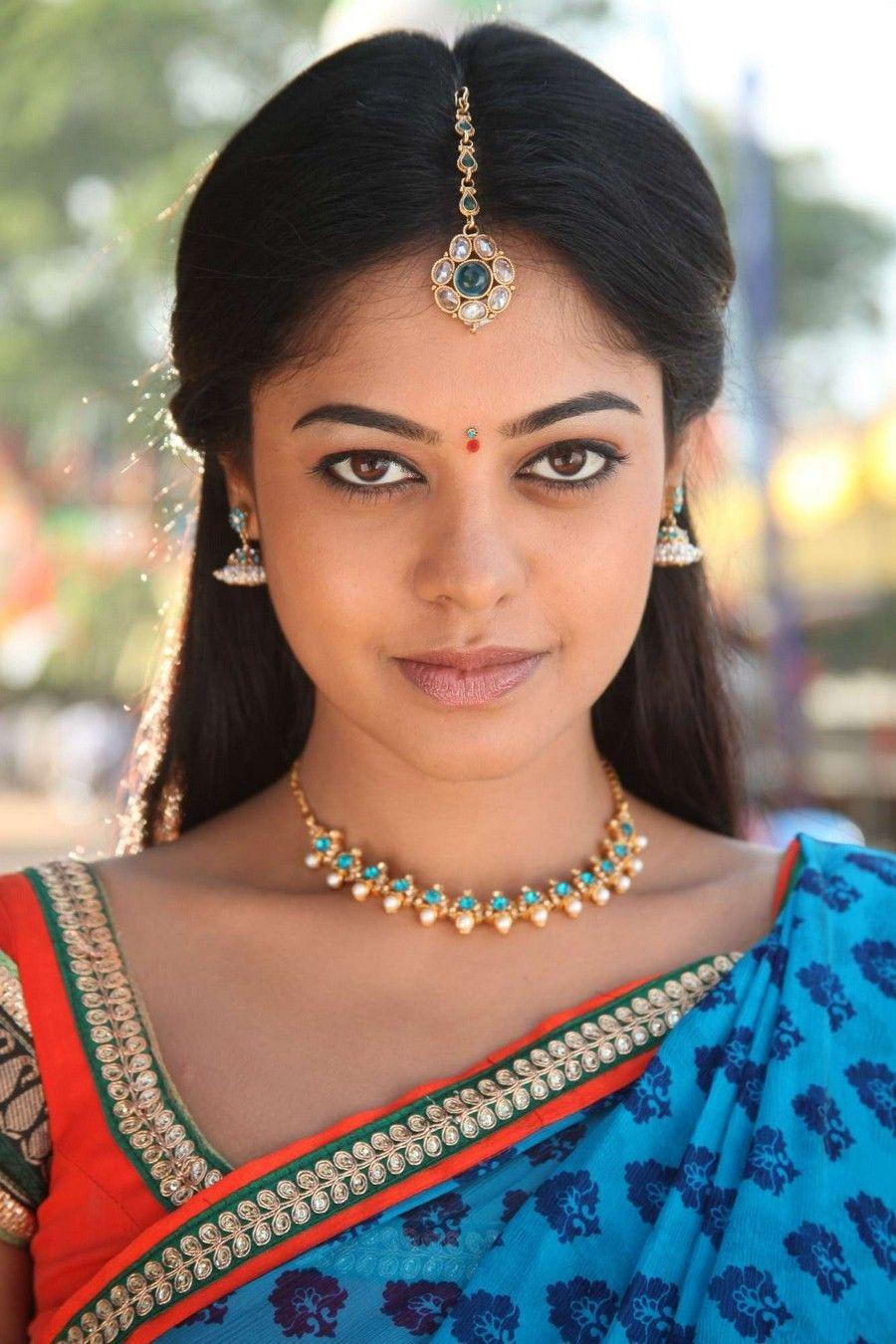 Bindu Madhavi in Saree