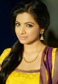 Aishwarya Menon (6).jpg