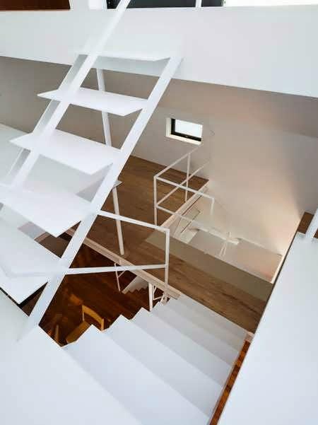 Sakuragawa Small Urban House Design With The Same