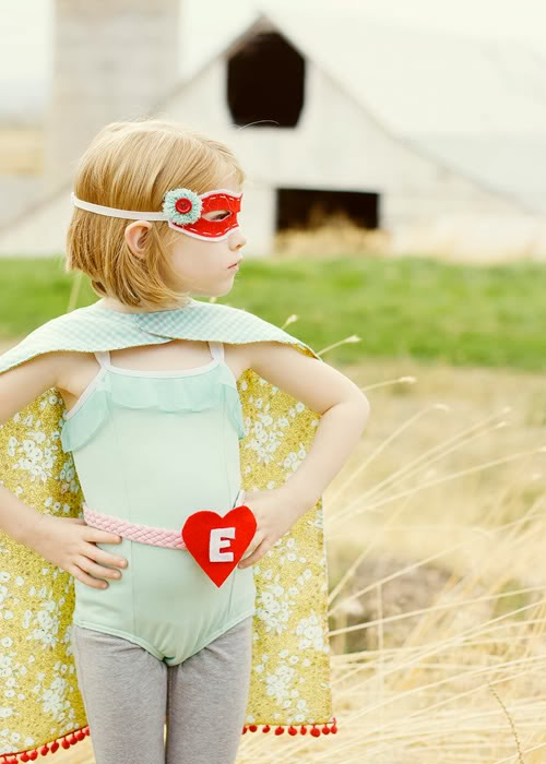 Disfraz para niña de superheroína