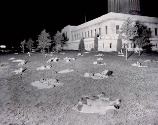1.) On the night of July 25, 1936, the town of Lincoln, Nebraska experienced the hottest night experienced in the United States (outside of the southwest). The temperature never dropped below 91°F in Lincoln. Without air-conditioning, people spent the night sleeping on the lawn of the state capital building in Lincoln. - 12 of the Strangest Weather-Related Photographs Ever Taken