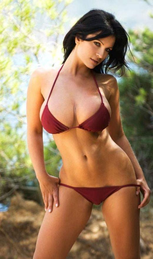 milani bikini model