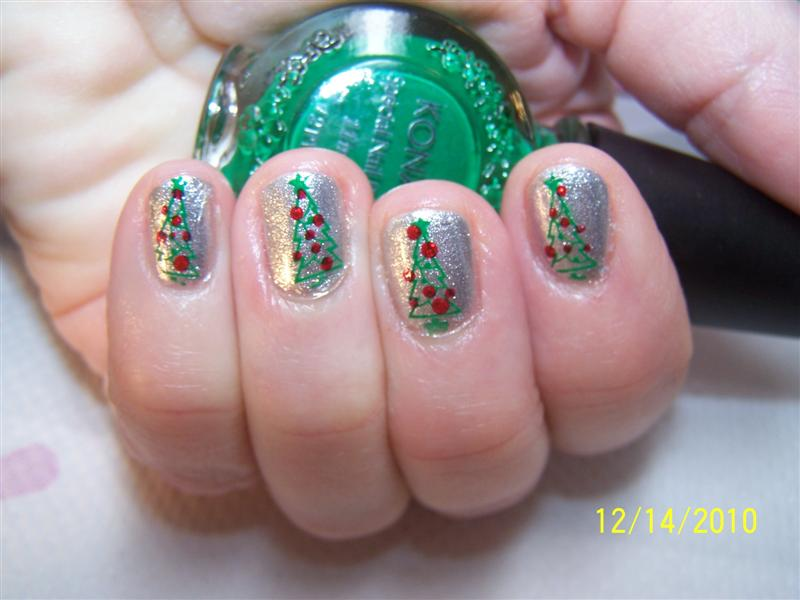 Pretty Hairstyles78 Girls Holiday Fingernails And Nail Art