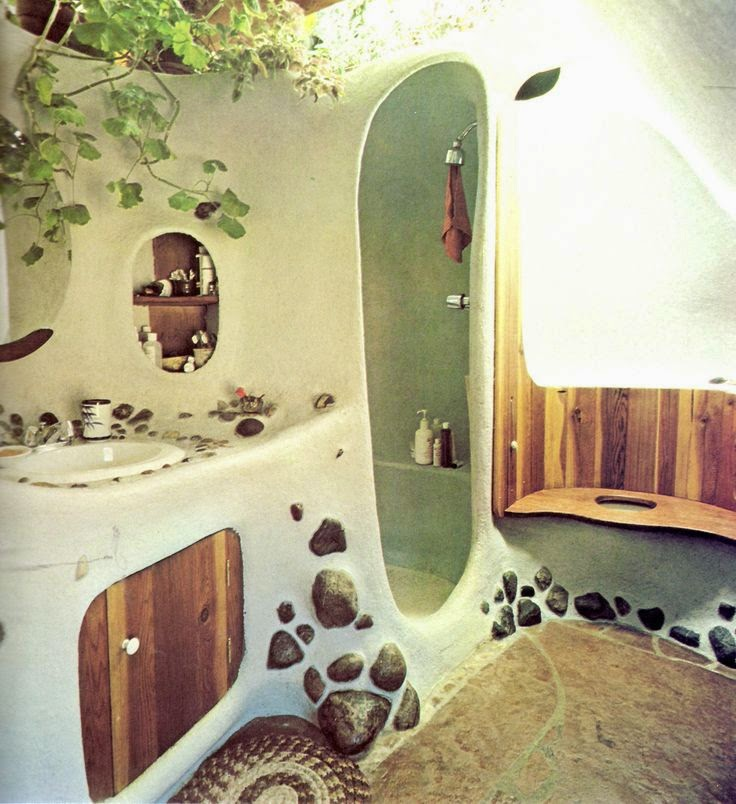 Moon to moon the cob home of john wild - The cob house the beauty of simplicity ...