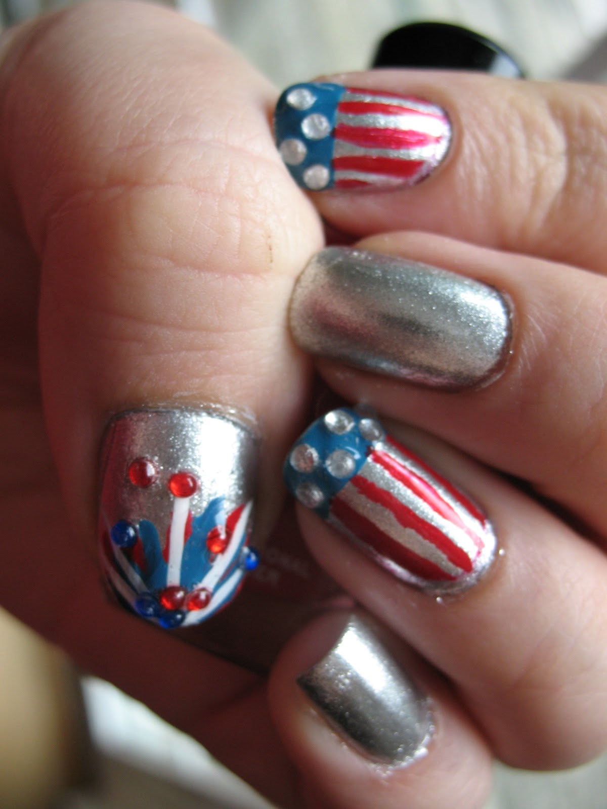 Moondancerjen\'s Nails: Fourth of July Manicure and Pedicure!