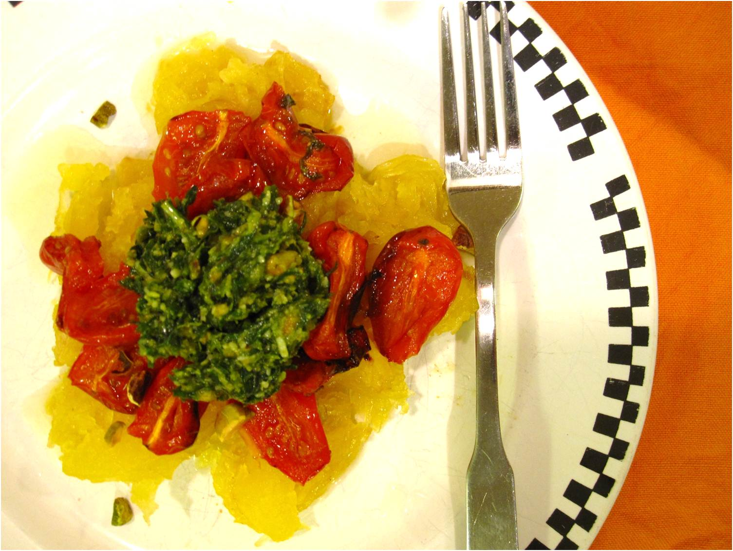 ... : Spaghetti squash with roasted tomatoes and pistachio-basil pesto