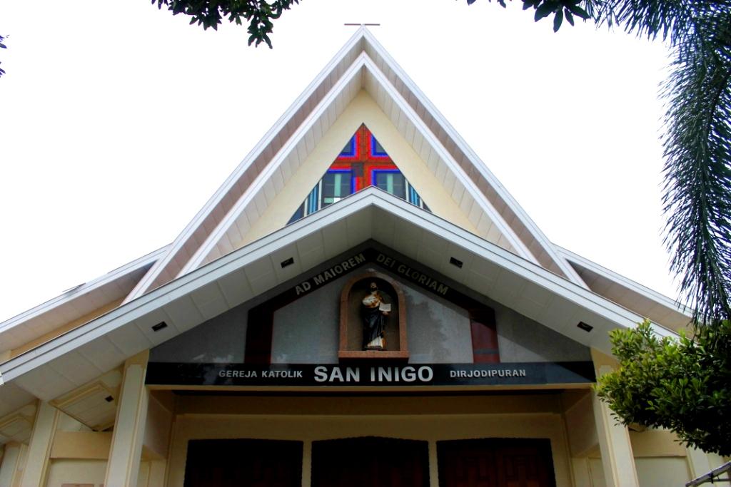 Paroki St. Ignatius Loyola Dirjodipuran