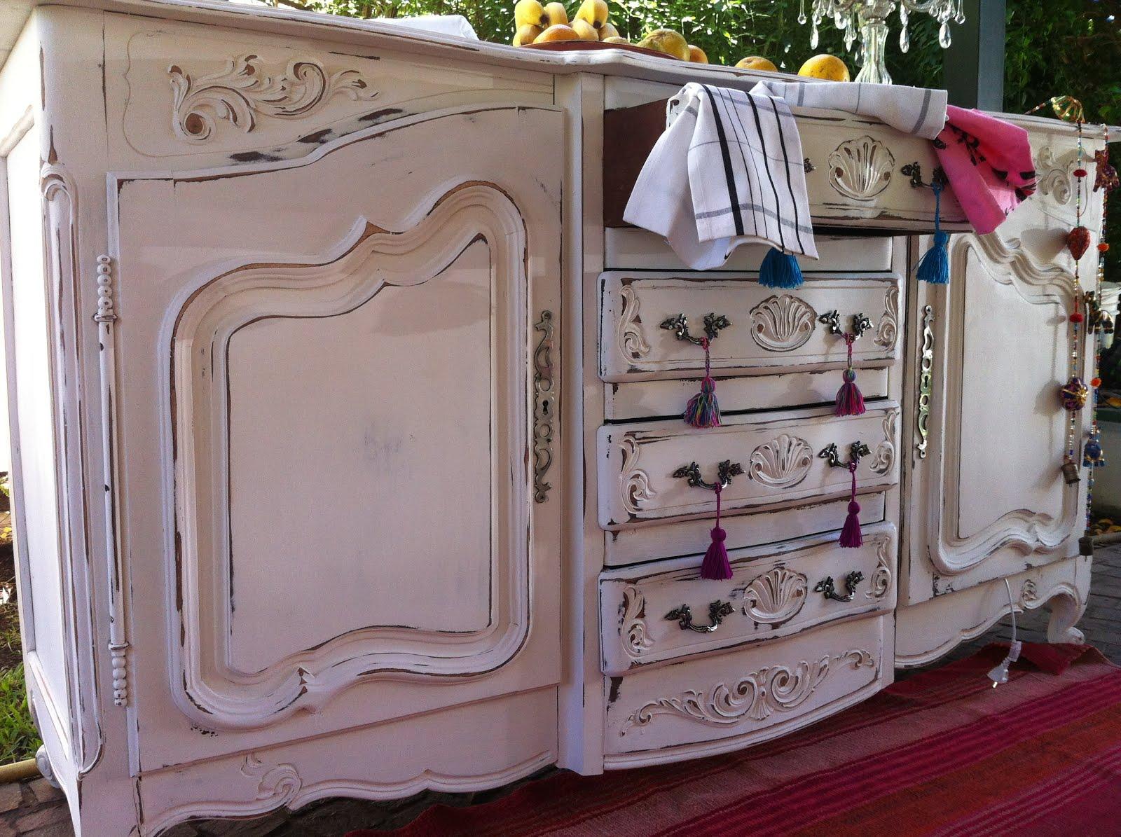 Vintouch muebles reciclados pintados a mano - Decapado de muebles ...