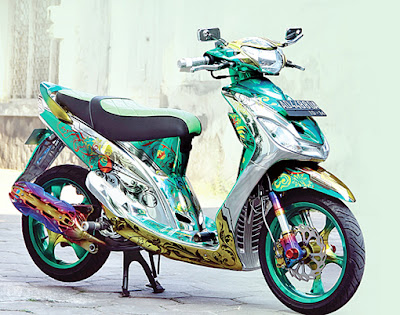 Yamaha Mio Sporty Trend Air Brush 2011.JPG