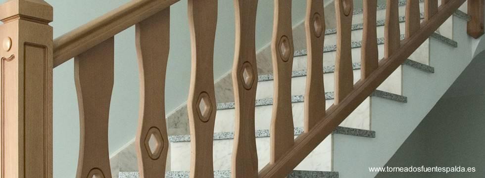 Arquitectura de casas: soportes de barandas y pasamanos de seguridad.