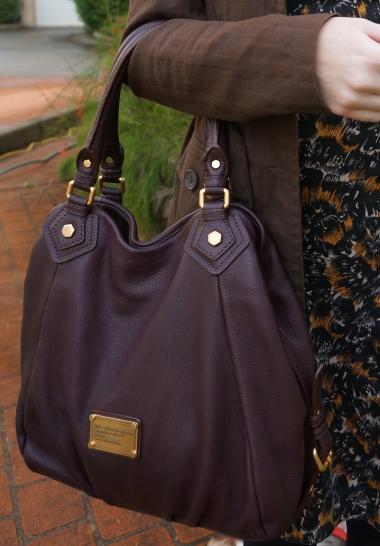 accessories marc by marc jacobs carob brown fran bag on arm printed dress trench coat