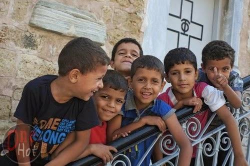 Warga Muslim Gaza mengungsi di Gereja Ortodoks Yunani 8