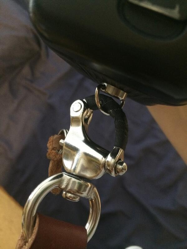 holdfast clasp squeaking