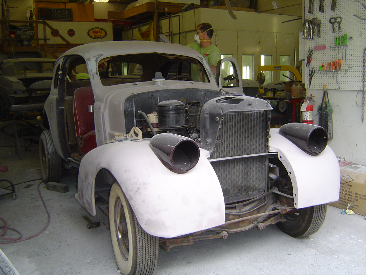 Fenders and fins inc 1938 oldsmobile for 1938 oldsmobile 4 door for sale