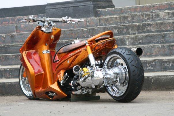 Honda Low Rider Scooter