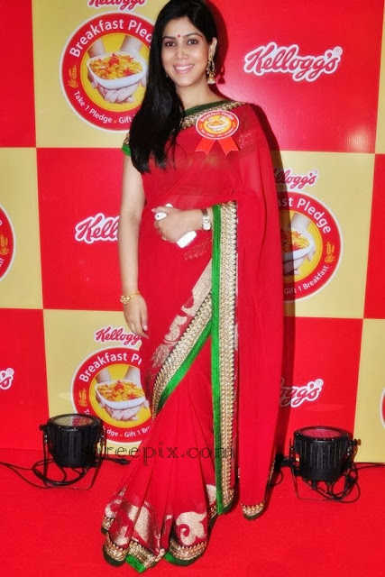Sakshi tanwar in saree at Kellogg's breakfast pledge