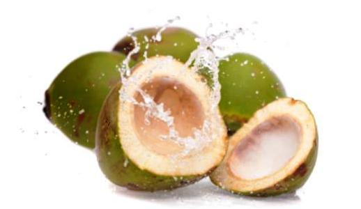 rahasia dasyatnya air kelapa bagi pria perkasa herbalnewspedia
